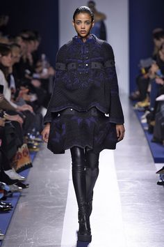 2015-Fashion-Woman-Model-Sacai-Collection-Catwalk.jpg (1501×2255)