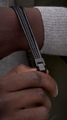 Jewelry Crafts Videos For Boys - Jewelry Jewelry Tools, Jewelry Crafts, Bracelets For Men, Fashion Bracelets, Leather Bracelet Tutorial, Fantasy Art Men, Bracelet Crafts, Stainless Steel Bracelet, Double Lock