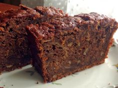 bizim evin aşçısı: Kakaolu-Havuçlu Kek