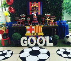 Barcelona no Society!! ⚽️⚽️⚽️ #futebol #futebolsociety #festademenino #festabarcelona #festafutebol