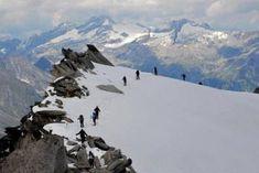 7 spektakuläre Hochtouren in den Alpen – TRAVELBOOK Mount Everest, Mountains, Nature, Travel, Europe, Mountain Climbing, Tours, Alps, Viajes