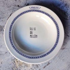 Hitka Viktória - porcelán tányér