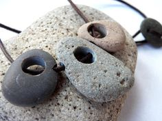 Live In Art: Natural Rock Jewelry
