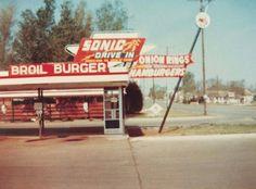 Old Broil Burger Sign
