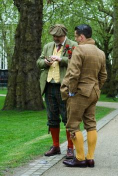 Examples of Edwardian Country Suits.  Some were tweeds or loud checks.  Knickerbockers were worn in place of pants.