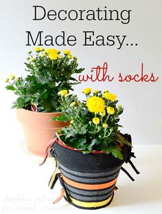 EASIEST DECORATING PROJECT EVER! Create these patterned pots for decorating with just a few easy steps. Full tutorial by dandelion patina for Hoosier Homemade.