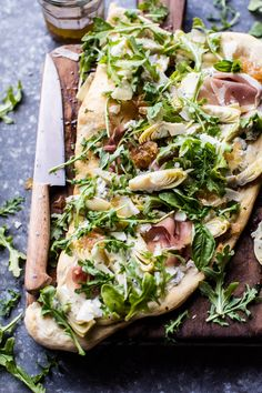 Artichoke Ricotta Flatbread - Easiest recipe of the month, prefect for mother's Day, and SO delicious! Pizza Wrap, Artichoke Recipes, Sandwiches, Cooking Recipes, Healthy Recipes, Healthy Dinners, Free Recipes, Half Baked Harvest, Tacos