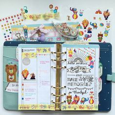 Thursday (last week) pages using #diyfish do2p inserts. Handlettering inspiration from the web. Used stickers and washi as well. #planner #plannerlove #planneraddict #plannerjunkie #plannergoodies #filofax #filofaxgoodies #kikkik #kikkikplannerlove #kawaii #darkmintkikkik #stationeryaddict #stationeryaddict #stickers #washi #mydecoratedbliss