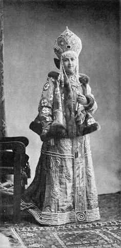 1903 Costume Ball in the Winter Palace, St Petersburg, Russia. Countess Varvara V. Musina-Pushkina (1870 – 1960, nee Countess Kapnist; well known Orthodox icon painter) in the fancy dress of a 17 c. Russian noble woman.