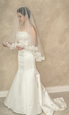 """Fingertip Length Drop Veil with Lace Edge, Ivory, White, Tulle, Wedding Veil, 38""""L Veil, Alencon Lace Veil, Veil with Blusher andLace"""