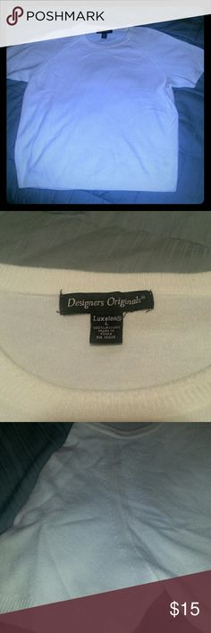 Sweater. AMAZINGLY SOFT! Winter white. 100% acrylic. SO SOFT! Feels like cashmere! winter white. Short sleeve. Great under a blazer. EXCELLENT CONDITION! designers originals Sweaters Crew & Scoop Necks