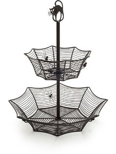 definitely getting this for year-round use in the bathroom, like for jewelry or something.Two-Tiered Spider Web Candy Bowl at I'm definitely getting this for year-round use in the bathroom, like for jewelry or something.Two-Tiered Spider Web Candy Bowl at Spooky House, Spooky Decor, Halloween Decorations, Halloween Kitchen, Spooky Halloween, Healthy Halloween, Homemade Halloween, Halloween Pictures, Halloween Stuff