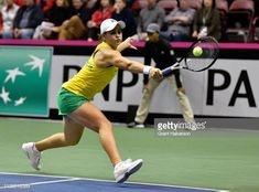 Ashleigh Barty Of Australia Returns A Shot To Sofia Kenin Of Usa Ashleigh Team Usa Australia