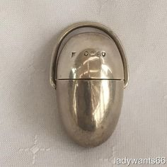 ANTIQUE SOLID SILVER EGG FORM SEWING ETUI THIMBLE & BOBBIN HOLDER LONDON 1868