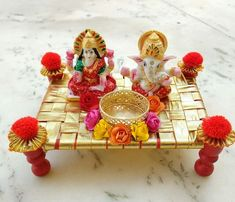 Indian Wedding Gifts, Desi Wedding Decor, Handmade Wedding Gifts, Wedding Crafts, Thali Decoration Ideas, Diwali Decorations, Festival Decorations, Diy Arts And Crafts, Diy Crafts