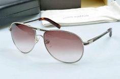 Louis Vuitton Z1906U Sunglasses  In Gold