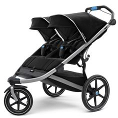 The Thule Urban Glide 2 Double Stroller boasts a sleek, lightweight design suitable for urban mobility or jogging along with twins or different age siblings. Integrated twist hand brake offers improved security and braking control on any terrain. Running With Stroller, Jogging Stroller, Double Strollers, Baby Strollers, Britax Affinity, Knorr Baby, Baby Jogger, Travel System, Black