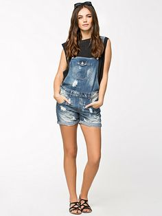 Kim Witty Overall Shorts - Only - Denim Blue - Trousers & Shorts - Clothing - Women - Nelly.com Uk
