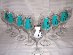 gift for bridesmaids -wine glasses for the bride and her bridesmaids