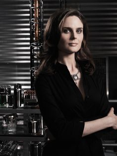 Bones Season 3 - Cast Photograph | Emily Deschanel	 as Dr. Temperance Brennan