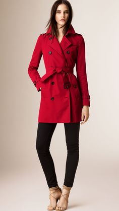 The Kensington - Mid-Length Heritage Trench Coat | Burberry