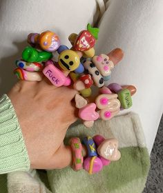 Fimo Ring, Polymer Clay Ring, Funky Jewelry, Cute Jewelry, Clay Projects, Clay Crafts, Diy Clay Rings, Accesorios Casual, Cute Clay