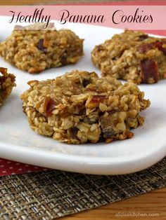 Healthy Banana Cookies - vegan, quick and easy made without butter or added sugar | alidaskitchen.com
