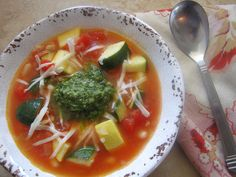 This delicious Summer Minestrone with Lemon-Parsley is absolutely fantastic for a quick and nutritious dinner recipe. #WeekdaySupper