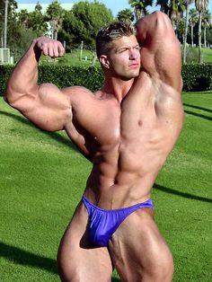 Bodybuilder 52