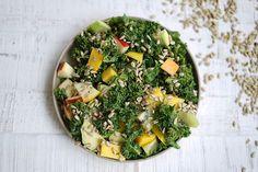Grünkohlsalat mit Erdnussdressing, ein schönes Rezept aus der Kategorie Vegetarisch. Bewertungen: 1. Durchschnitt: Ø 3,0.