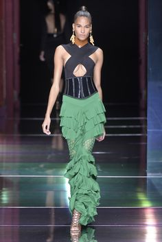 Balmain Ready to Wear Spring 2016 | WWD