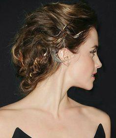 Style Emma Watson, Emma Watson Beauty And The Beast, Fancy Hairstyles, Latest Hairstyles, Wedding Hairstyles, Rose Braid, Wedding Hair Inspiration, Her Hair, Bridal Hair