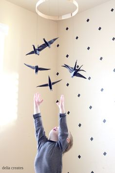 paper crane mobile (14 of 16)