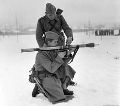 Yugoslav People's Army troops with a Ručni Bacač M-57 recoiless rifle.