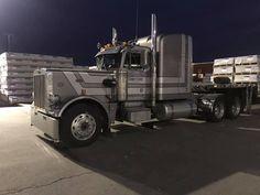 Peterbilt 359, Peterbilt Trucks, Cool Pictures, Shots, Night, Classic, Vehicles, Trucks, Derby
