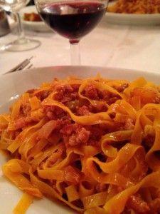 """""""051 motivos para 'conectar' con Bologna (o sea, Bolonia)"""" by @Gastronomistas"""