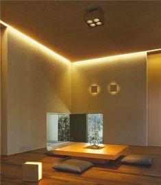 I admire that 'secret' window Japanese Modern, Japanese Interior, Japanese House, Interior Styling, Interior Decorating, Interior Design, Washitsu, Zen Interiors, Tatami Room