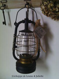 Ancienne lampe tempête : Luminaires par louise-et-juliette