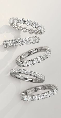 engagement rings and wedding bands / http://www.himisspuff.com/engagement-rings-wedding-rings/17/