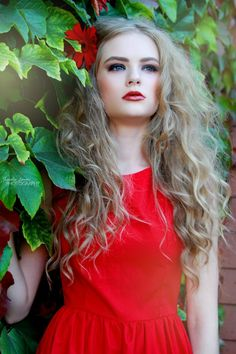 Photography/Editing: Jessika Levine(me) Model: Megan Mohr Hair/Makeup: Thorne Artistry Designer: Jennafer Grace. Red and sassy! Cut And Style, My Style, Photography Editing, Love Her, Hair Makeup, Aurora Sleeping Beauty, Hair Cuts, Hair Beauty, Curls Hair