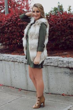 Faux Fur Two Tone Vest – UOIOnline.com: Women's Clothing Boutique