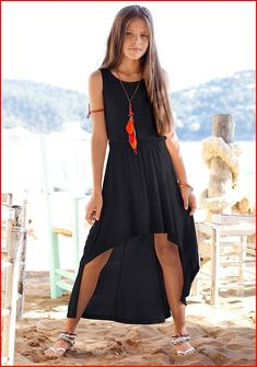 Little girl outfit: black high low dress. Outfits Niños, Cute Girl Outfits, Outfits For Teens, Fashion Outfits, Teenage Outfits, Fall Outfits, Little Girl Fashion, Little Girl Dresses, Girls Dresses