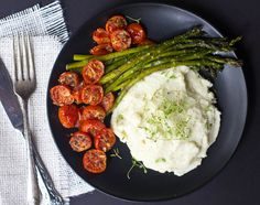 these roasted veggies with cauliflower mash taste amazing, will fill you up, AND help you lose weight!