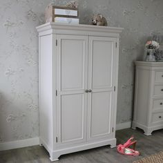 shabby chic bedside cabinet the other duckling b tor pinterest festett b torok kom d s. Black Bedroom Furniture Sets. Home Design Ideas