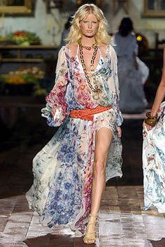 Roberto Cavalli Spring 2005 Ready-to-Wear Fashion Show - Caroline Winberg
