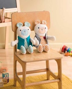 Quality Sewing Tutorials: Tagalong Teddy Free Pattern from Betz White