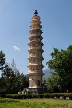 Exploring beautiful Dali & Shaxi on the way from Kunming to Lijiang