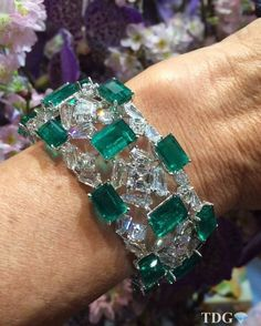THE BOLD AND THE BEAUTIFUL!!! Everything about @Forms Jewellery is both bold and beautiful…. Unique designs combined with the finest quality gemstones … What's not to love?? Adore this emerald and diamond bracelet…. Look at those emeralds!!! Magnificent @Forms Jewellery !!!!