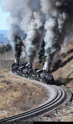 CTS 489 Cumbres & Toltec Scenic Railroad Steam Train at Cumbres, Colorado. Train Tracks, Train Rides, Motor A Vapor, Old Steam Train, Railroad Pictures, Old Train Pictures, Railroad Photography, Old Trains, Train Engines