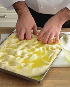 La focaccia salata secondo lo chef della Prova del cuoco - Cucina - Donna Moderna